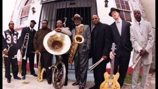 THE DIRTY DOZEN BRASS BAND - I´LL FLY AWAY
