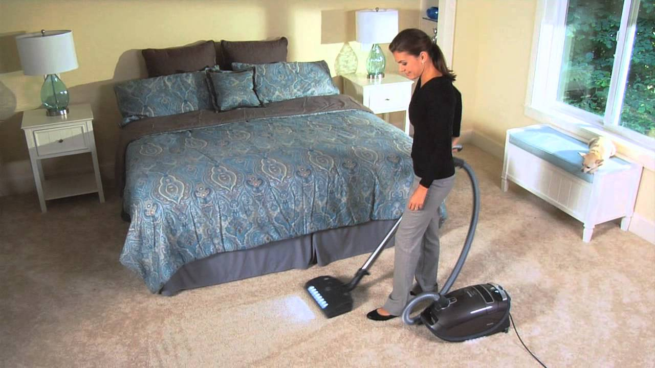 miele s8 canister vacuum review youtube. Black Bedroom Furniture Sets. Home Design Ideas