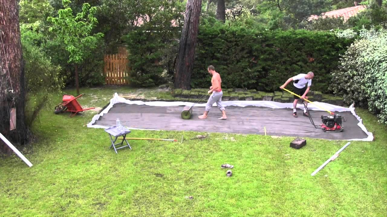 Cr ation piste de p tanque youtube - Terrain de petanque construction ...