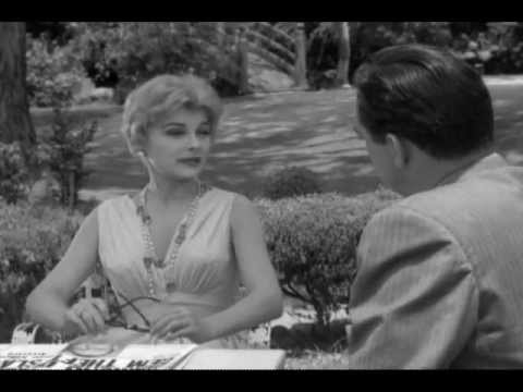 Joanna Moore in Perry Mason