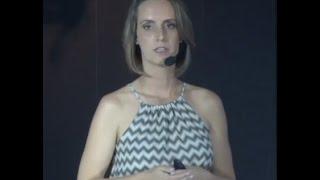 Lixo existe? Uma provocação sobre nossas coisas | Carol Hoffmann | TEDxPetrópolis
