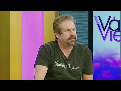 Comedian John Melendez guest hosts on Valley View Live!