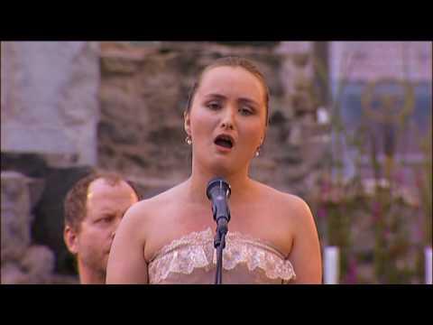 G. F. Händel, Lascia Chio pianga. Soprano; Julia Lezhneva