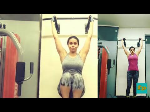 Gul Panag hard workout on abs