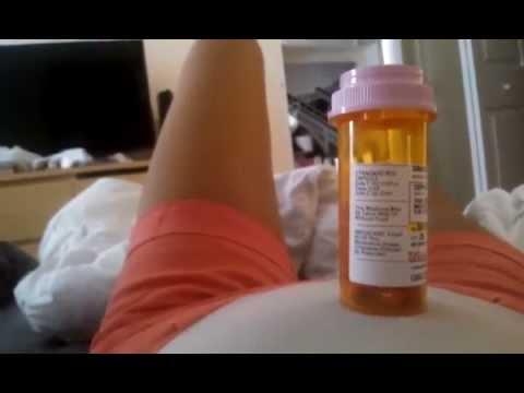 Baby movement/kicks at 18 weeks - YouTube