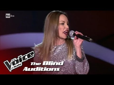 "Beatrice Pezzini ""Nessun dolore"" - Blind Auditions - The Voice of Italy 2018"