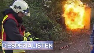 Rettung in letzter Minute: Mädchen im brennenden Container eingesperrt | Die Spezialisten | SAT.1 TV
