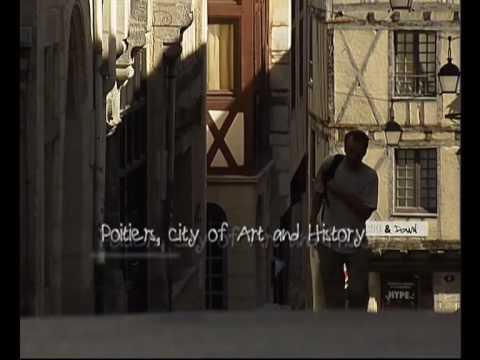 Poitiers ville d 39 art et d 39 histoire youtube for Piscine poitiers