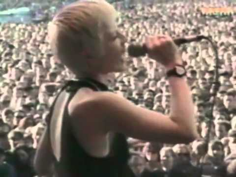The Cranberries - Ode to my family - Live