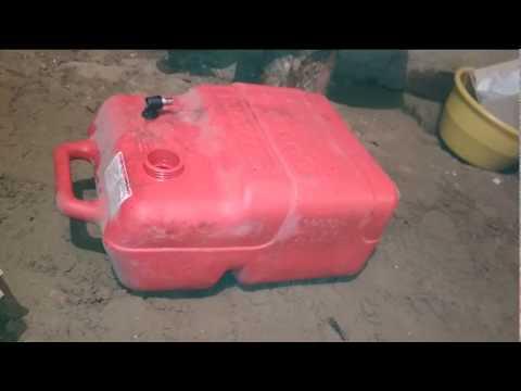 Как размешать бензин с маслом для лодочного мотора?