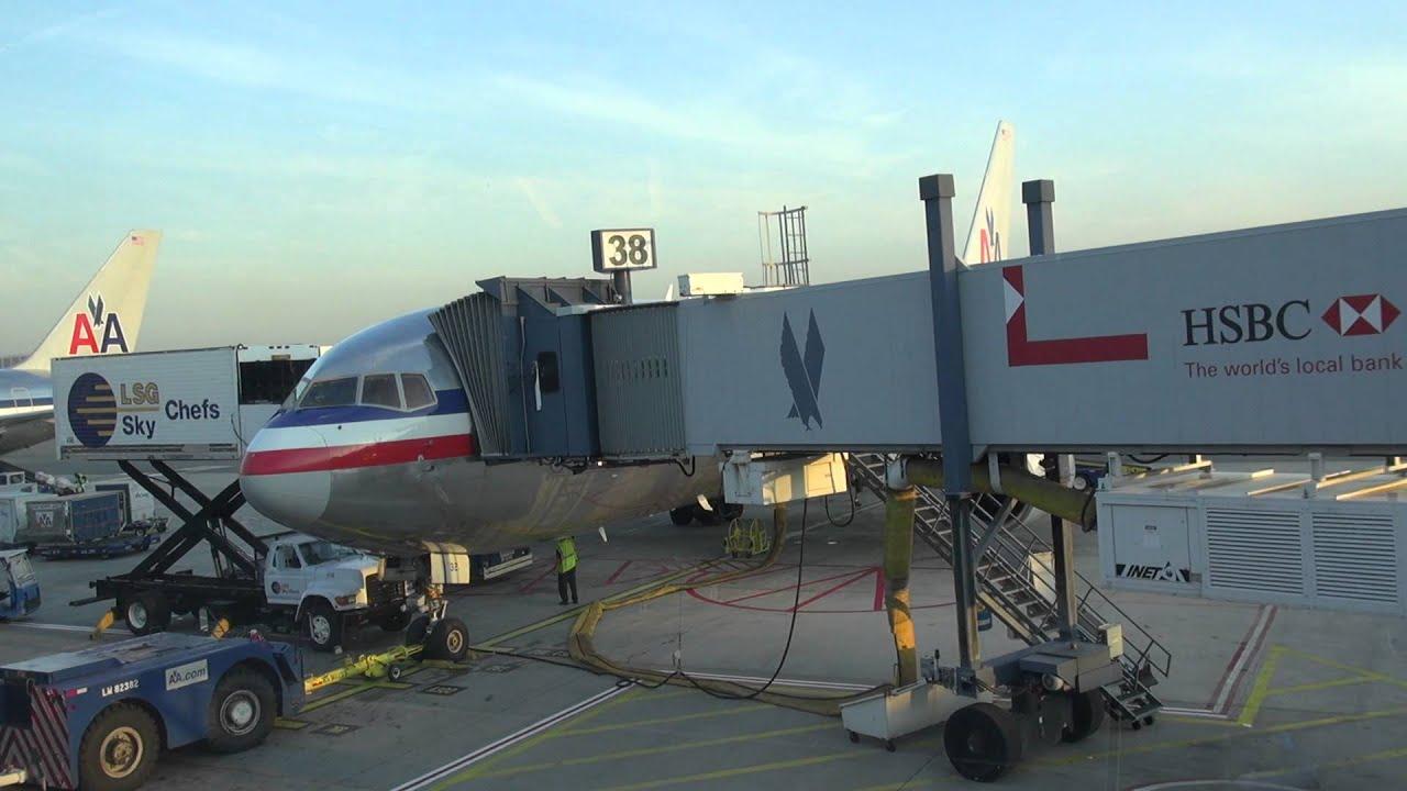 Resultado de imagen para JFK Airport T8 American