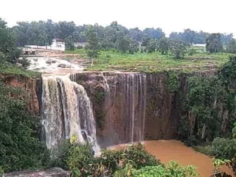 Kendai waterfall.(Distt Korba) C.G. India Video0037 mp4