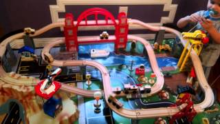 KidKraft Metropolis Train Table & Set - Toy Review