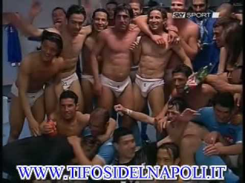 calciatori gay nudi alex gigolo
