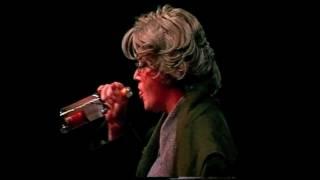 Andrea Badey – Gilla, die Pennerin