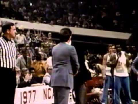 Blue Heaven:  A History of UNC Basketball