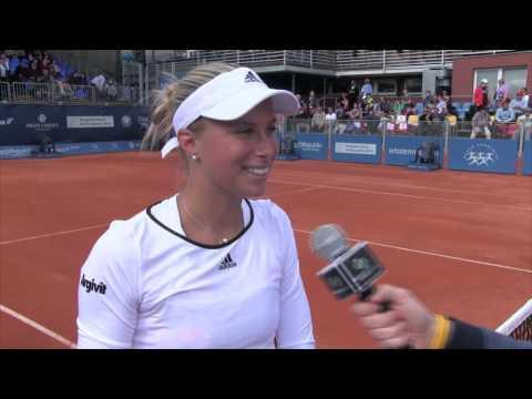 Andrea Hlaváčková po vítězství ve čtyřhře na J&T Banka Prague Open