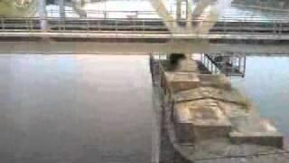 річка Волхов.Залізничний міст