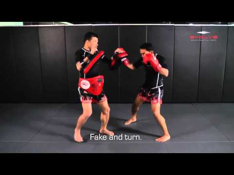Muay Thai: POWERFUL Muay Thai KO combination! | Evolve University