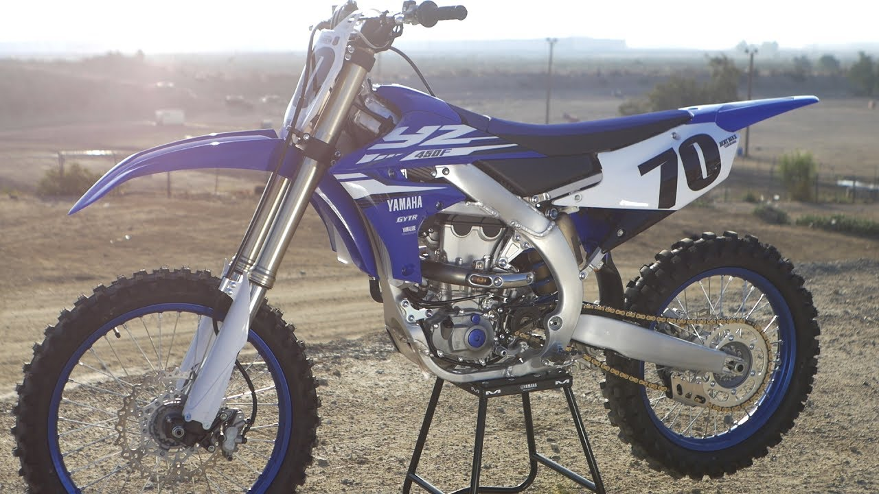 2018 yamaha yz450f dirt bike magazine youtube. Black Bedroom Furniture Sets. Home Design Ideas