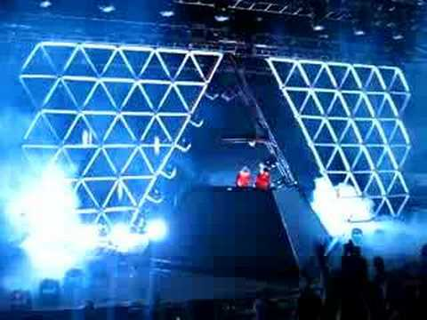 Daft Punk Alive 2007 Tour: July 31st @ Red Rocks- Part 3/14