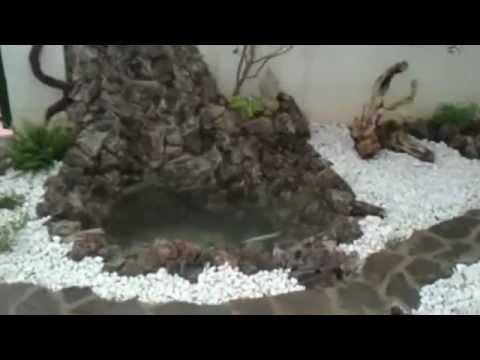 Construcci n de jard n zen con estanque y cascada el for Estanque cascada