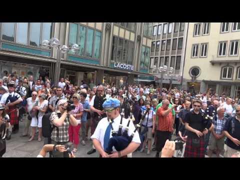 Flashmob Köln 7.6.2014 Pipes & Drums