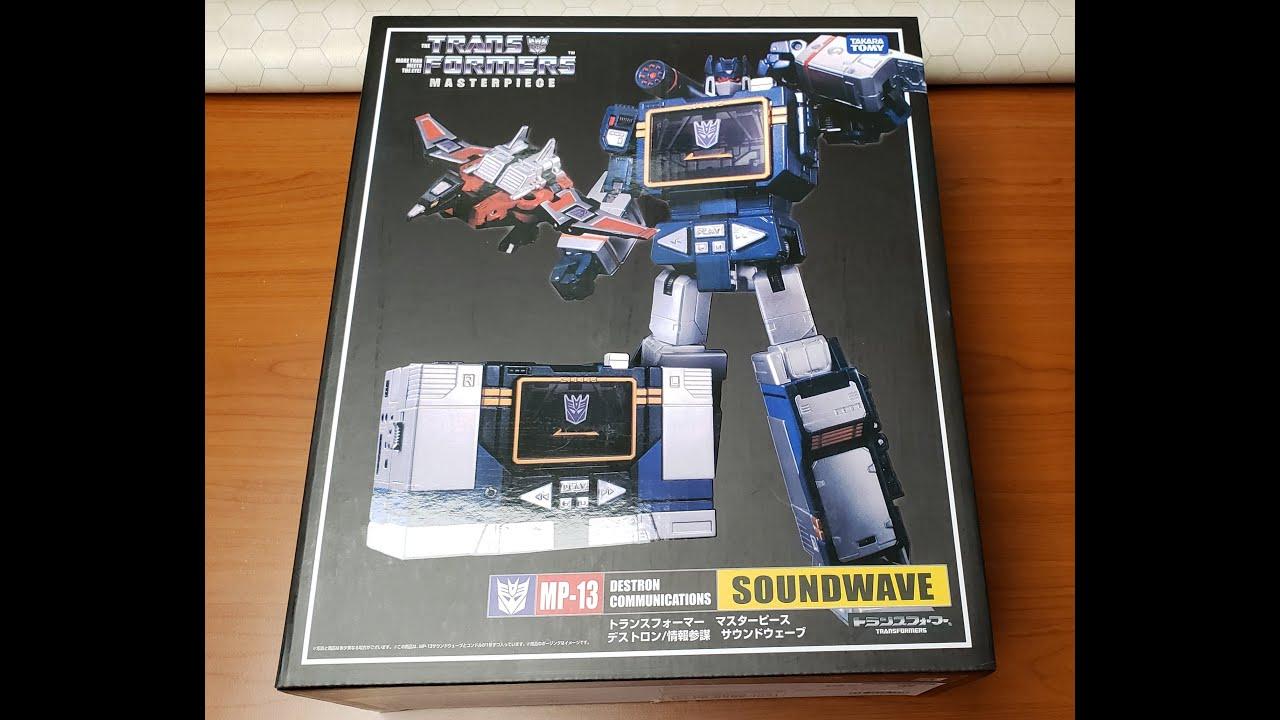 REVIEW - Masterpiece Soundwave MP-13 by Takara TOMY