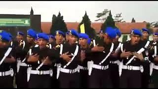 polisi militer yel yel