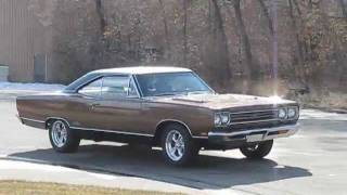 1969 Plymouth GTX for Sale: 440 GTX Engine Rev and Drive By