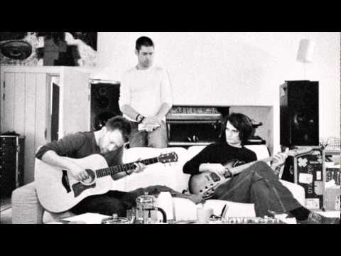 Radiohead - Yes I Am (acoustic) NOT A COVER