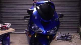 kawasaki zx636r 05 changing spark plugs - how to