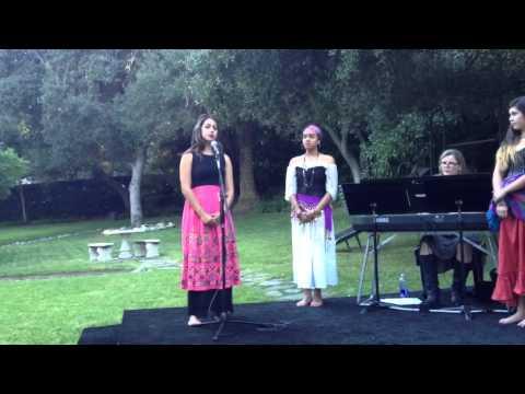 Georgia sings