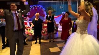 14.02.2014 Павел и Настя. Жених м невестой зажигают