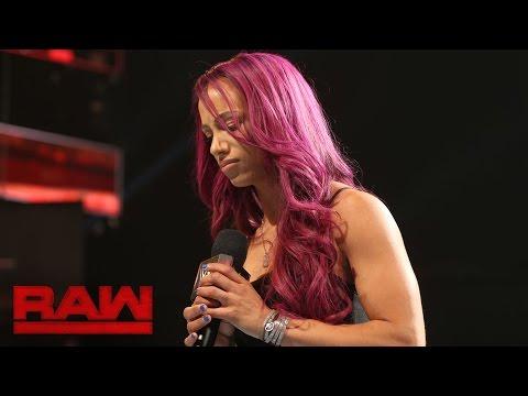Sasha Banks addresses her back injury: Raw, Sept. 5, 2016