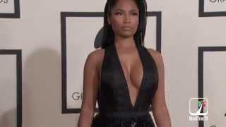Video Nicki Minaj put a hurtin' on that Tom Ford dress at 2015 GRAMMY Awards download MP3, 3GP, MP4, WEBM, AVI, FLV Juni 2018