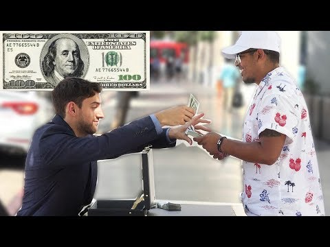GIVING AWAY FREE MONEY! (Social Experiment)