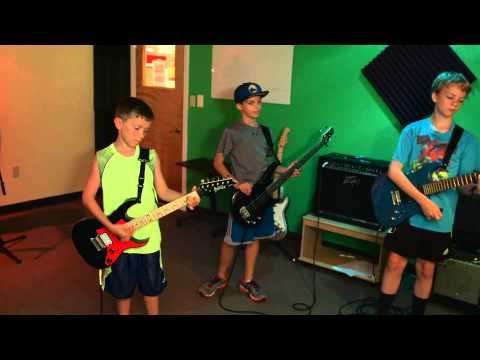 Group music lessons in Nashua, NH