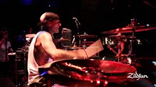 Performance Series - Travis Barker plays One Seventeen - Transplants