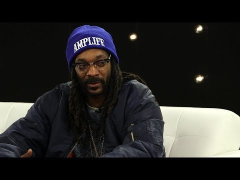 """Snoop Dogg Goes All The Way In """"Biggie Had SMOKE For 2pac"""" 
