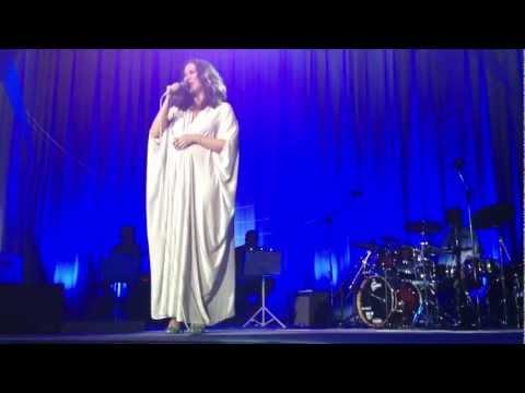 Maria Rita Viva Elis - Bis filmado do palco - Fascinação, Romaria, Madalena  FULL HD