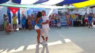Kizomba супермастер-класс  Salsa on the beach 2014 Odessa(http://triada-m.com (0382)78-76-76, (068)346-15-76 Типография полного цикла. Полиграфия и рекламная продукция. Упаковка для фаст-..., 2014-08-17T06:19:47.000Z)