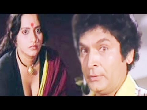 Asrani Watches Cleavage of Hot Lady Servant - Love 86 Scene thumbnail