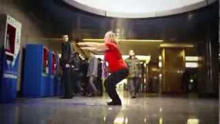 30 squats for a metro ticket in Moscow | 30 squats e viaggi gratis in Metro...succede a Mosca