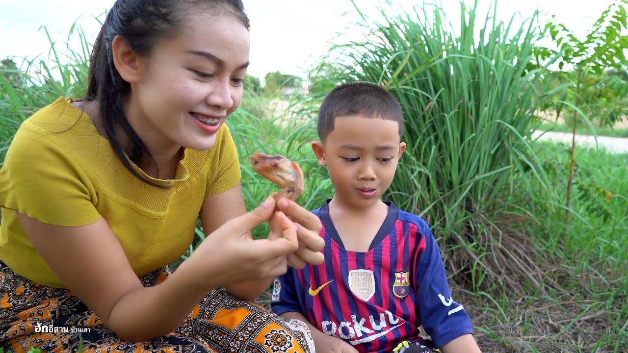 ไก่ย่างส้มตำ ตำกุ้งสดแซ่บๆ กินตอนเย็นจ้า @ฮักอีสาน บ้านเฮา Hug isan ban hao