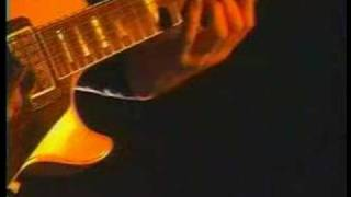 U2 - Sunday Bloody Sunday (The Edge) - Live Popmart Santiago