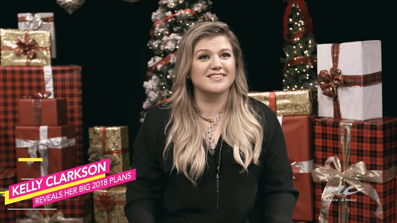 Kelly Clarkson Reveals her Plans for 2018 - YouTube