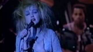 Cyndi Lauper - All Through The Night  Live sub español