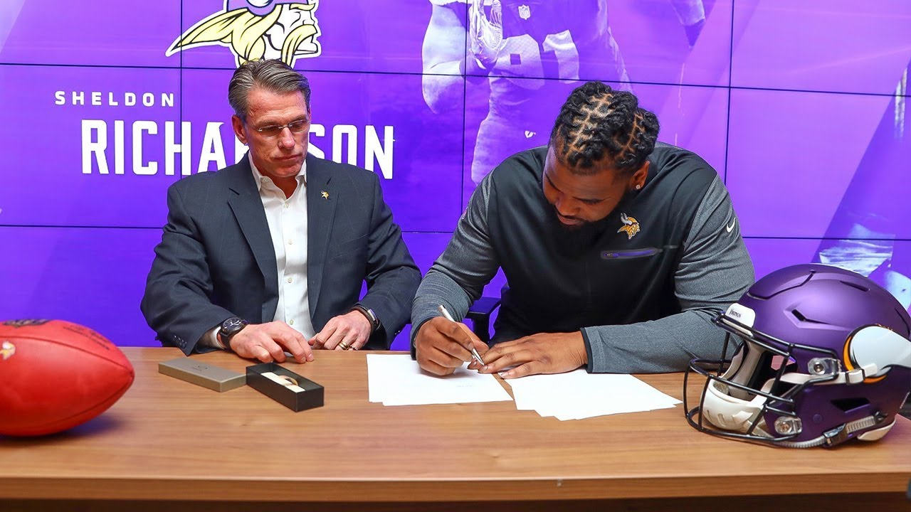 behind-the-scenes-of-sheldon-richardson-s-contract-signing