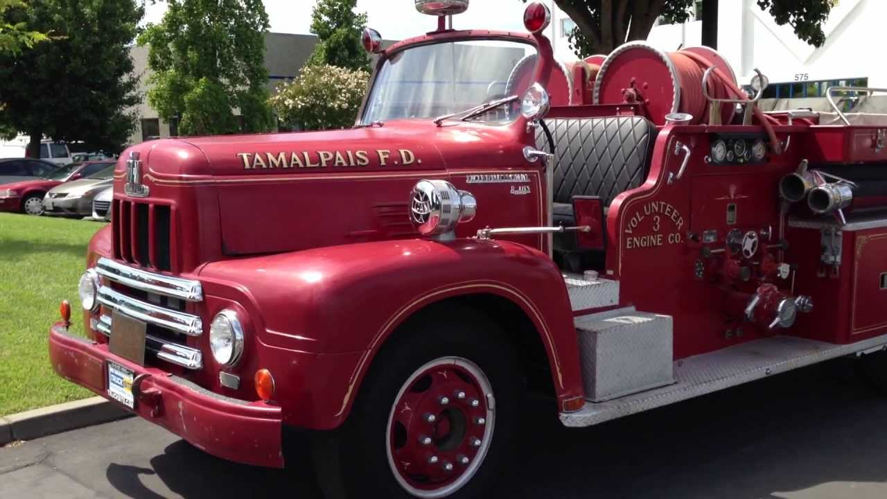 1956 International R185 Van Pelt Fire Pumper For Sale